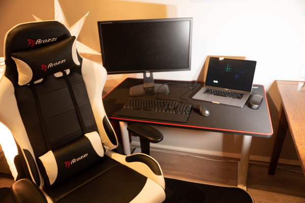 Arozzi Arena Gaming Desk Dutchiee Tech Reviews